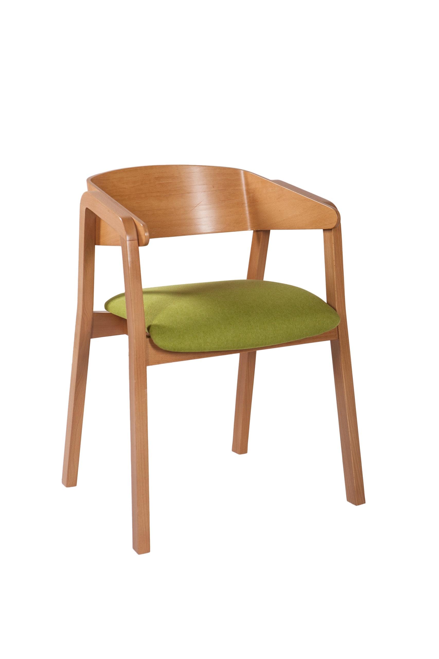 Krzesło z drewnianym oparciem profilowanym oraz tapicerowanym siedziskiem z podłokietnikami KT 43